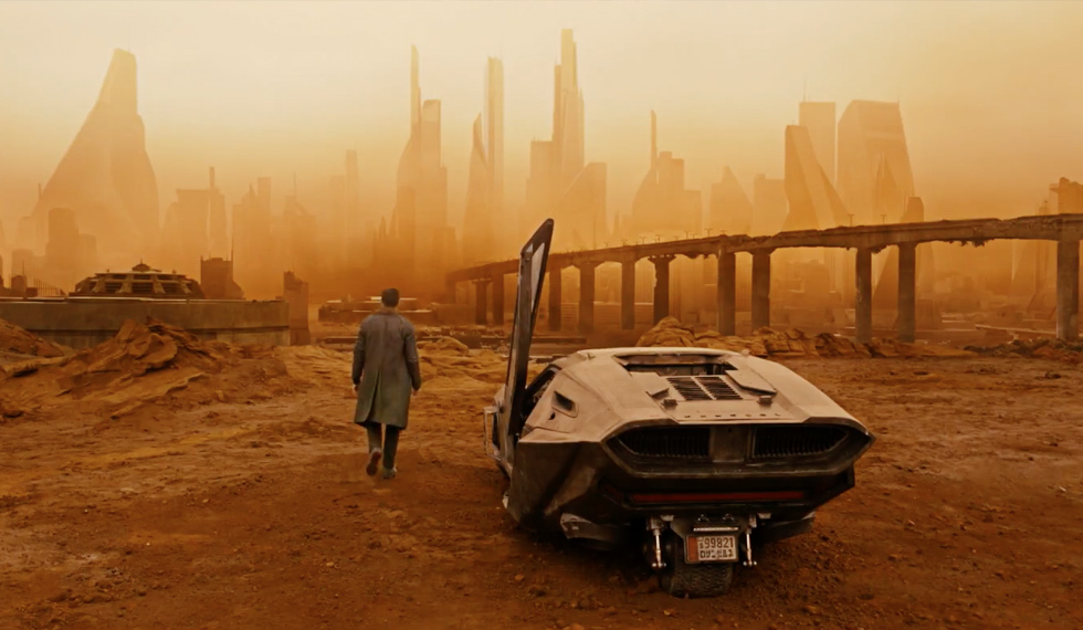 "BLADE RUNNER 2049 ""Time to Live"" Featurette"